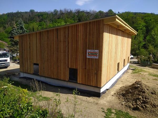 Lagerhalle aus Lärchenholz (Schöllergärten)
