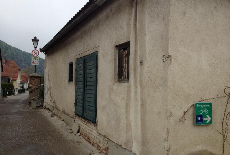 Sanierung Kellergebäude in Unterloiben